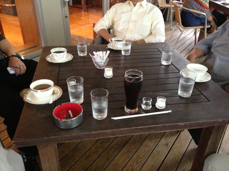 テラスのある喫茶店